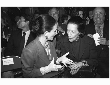 Jacqueline de Ribes  With Diana Vreeland at a Carolina Herrera show, 1982 Corbis