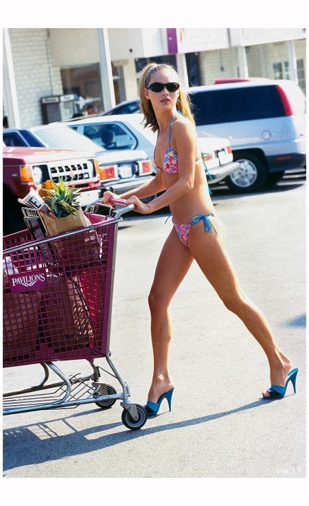 Kate Moss Vogue, April 1995 Photo Arthur Elgort