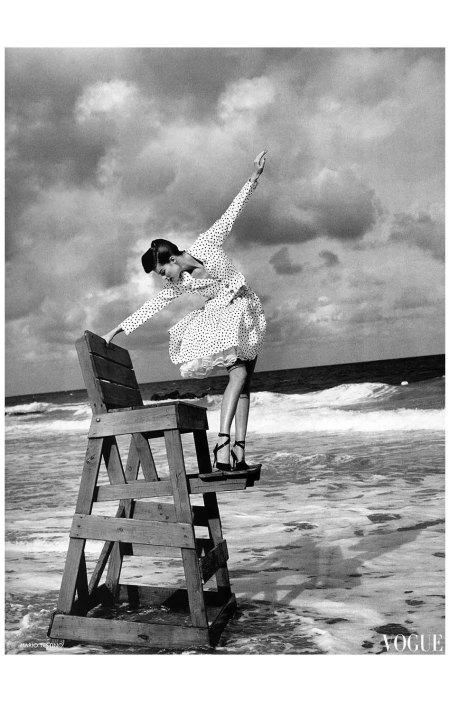 Meghan Douglas  Vogue 1995 Photo Mario Testino