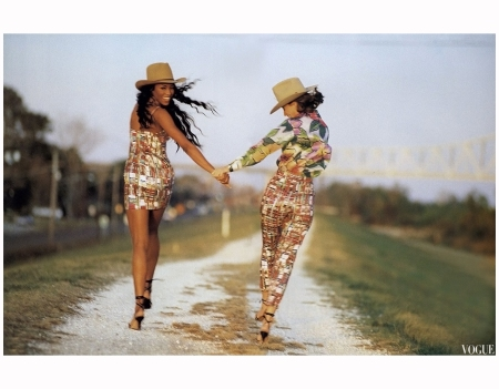 Naomi Campbell Christy Tulington 1992 Photo Arthur Elgort