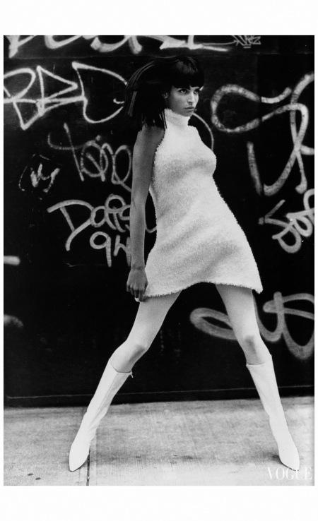 Stephanie Seymour Vogue UK October 1994 Photo Max Vadukul