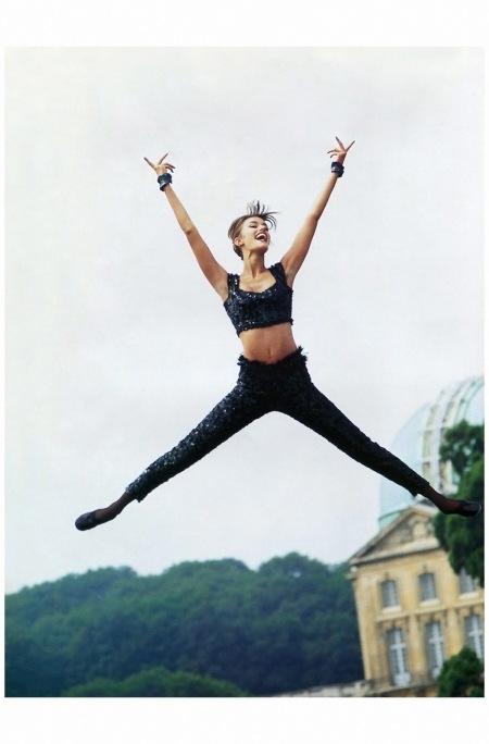 Susan Holmes Vogue Paris 1991 Photo Arthur Elgort