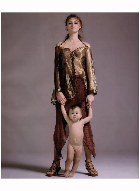Trish Goff Romeo Gigli 1998 Photo Richard Avedon a