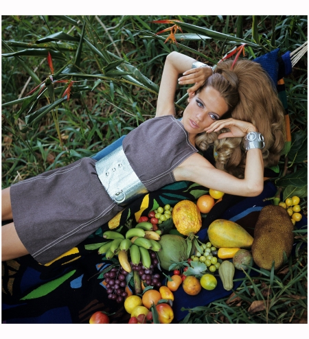 Veruschka Balmain Franco Rubartelli, Vogue, January 1968