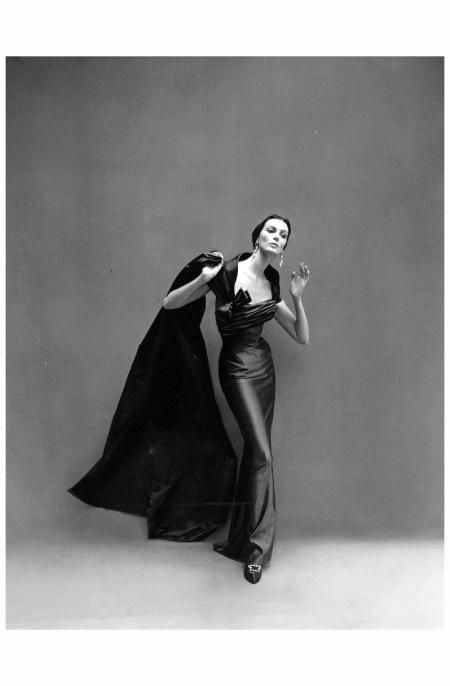 Carmen dell'Orefice Wearing Pierre Balmain's sensous sheath of silk-satin worn with voluminous scarf of same material. 1957 Photo Richard Avedon