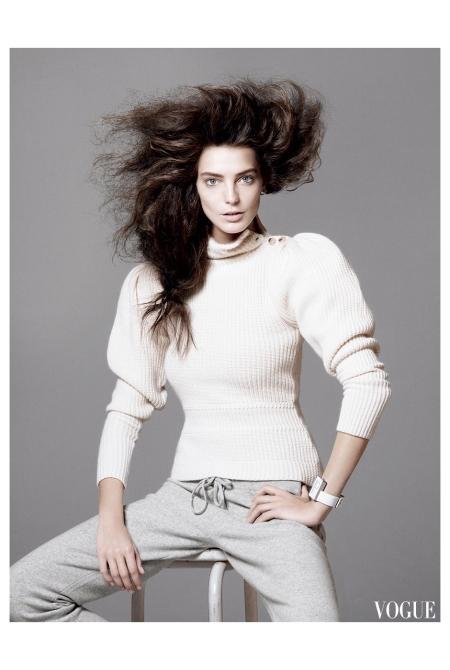 Daria Werbovy Vogue, May 2010 Photo David Sims
