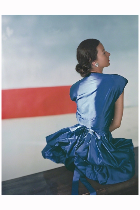 Darien Leigh, Dress by Henri Bendel, 1946 Photo Horst P. Horst