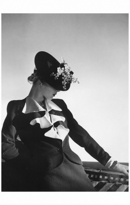 Helen Bennett in jacket and skirt by Molyneux, jewelry by Boucheron, photo by Horst, 1938 Horst P. Horst