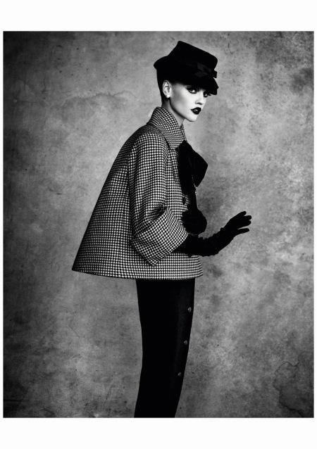 Jac Jagaciak %22Adventure%22 - Ensemble, Haute Couture Herbst : Winter 1948 %22Line Winged%22 Photo Patrick Demarchelier