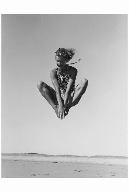 Lisa Fonssagrives (nee Andersson) Nip Up, 1935 Photo Fernand Fonssagrives