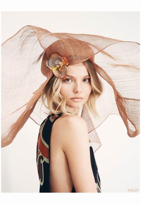 Magdalena Frackowiak Vogue China 2014  Photo Patrick Demarchelier