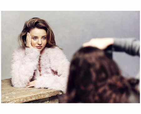 Miranda Kerr & Nicole Bentley %22Backstage%22 Vogue Au july 2014 Photo Nicole Bentley