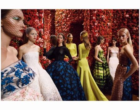 Model Flowers decor the haute couture parade autumn : winter 2012 Raf Simons Photo Patrick Demarchelier
