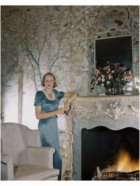 Mrs. George H. Bostwick, at home in Fortuny Vogue, January 15, 1941 Photo Horst P. Horst