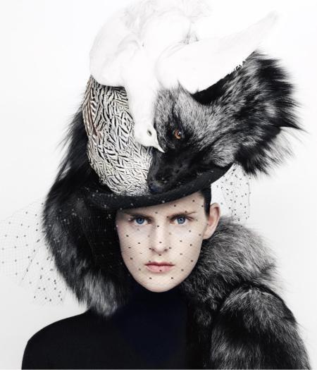 Nathaniel_Goldberg__1999._Christian_Dior_Haute_Couture_par_John_Galliano__automne-hiver_1999