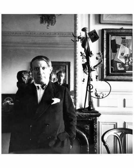 Pablo Picasso, with photographer Cecil Beaton in the mirror 1931
