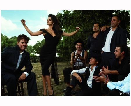 Penélope Cruz in L'Wren Scott  Annie Leibovitz, Vogue, December 2007