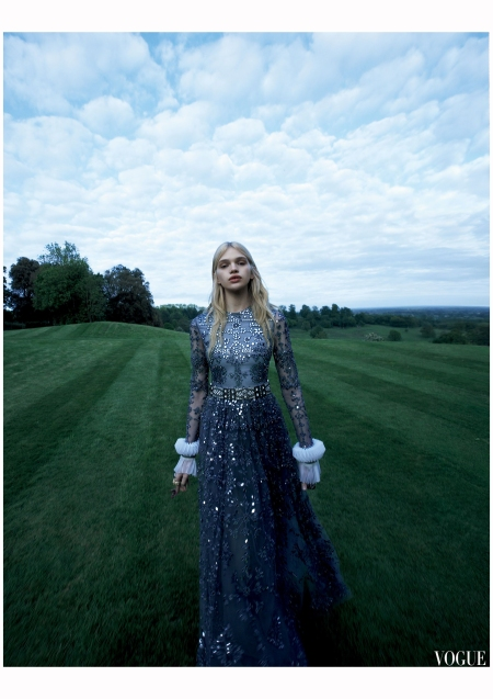 stella-lucia-by-camilla-akrans-for-vogue-japan-december-2015