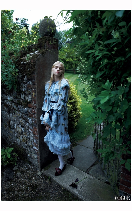 Stella Lucia Vogue Japan December 2015 Photo Camilla Akrans