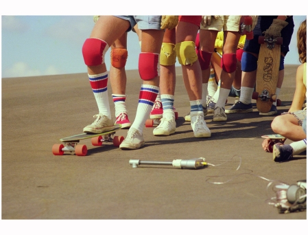 Team Line-up (No. 60), 1975 Photo Hugh Holland