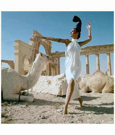 Editha & Brigitte Bauer At Palmyra, Syria Model Wearing Ivory Silk Oscar de la Renta Vogue,Us December, 1965 Henry Clarke