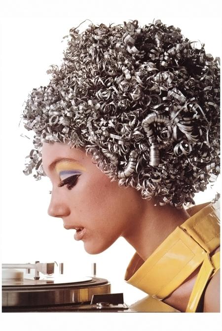 Marisa Berenson in aluminum wig by Ungaro, Paris studio, January 1966 Richard Avedon