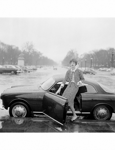 Paule Rizzo in black and white houndstooth suit by Chanel 1959 Willy Rizzo