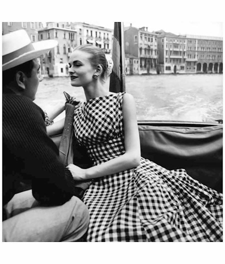 Susan Abraham VOGUE JULY 1956 Photo Henry Clarke