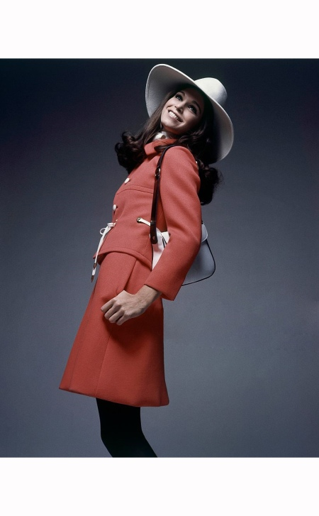 Ann Turkel Wearing little brass grommets by Originala with a hat by Adolfo and handbag by Latinas; Hair by Hugh Harrison 1969 Bert Stern
