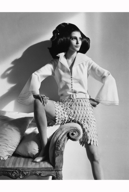 Benedetta Barzini in Mila Schon Rome Vogue Us mar 1968 Photo Henry Clarke