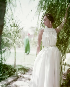 Cotton-dress Roger Prigent:Corbis