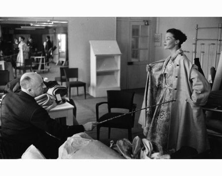 In the studio with Christian Dior, 1952 (ROGER WOOD:HULTON ARCHIVE:GETTY IMAGES)