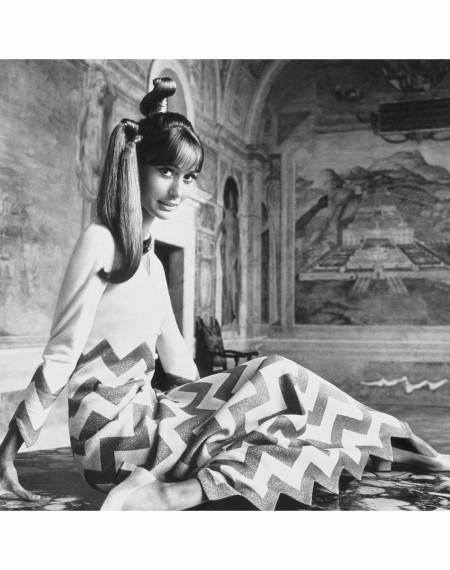 Mme. Philippe Leroy Villa Lante della Rovere,Charming Chevron, a fret pattern by Mila Schon 1966 Photo Henry Clarke