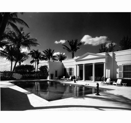 Palm Beach mr and Mrs Verner Reed home Vogue April 1959 Andre Kertesz