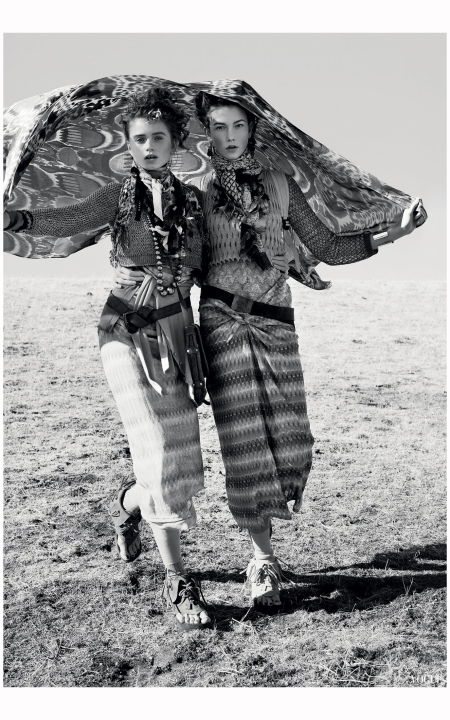 Abbey Lee and Karlie Kloss 2010 Photo Arthur Elgort