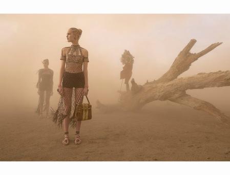 Alice Metza, Cameron Traiber, Greta Varlese, Kirin Dejonckheere, Tami Williams Valentino Spring:Summer 2016 © Steve McCurry h