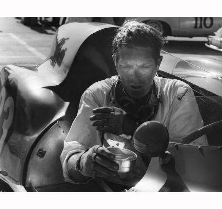 Au-volan Steve MacQueen 1960 © Barry Feinstein