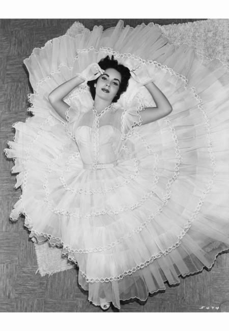 Elizabeth Taylor, 1951, MGM studio photographer Virgil Apger