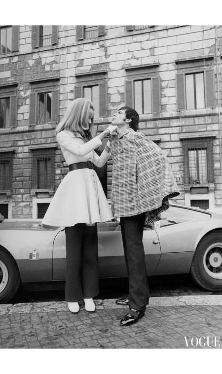 franco-rubartelli-vogue-april-1969-veruschka-adjusts-tomas-milian-s-cape