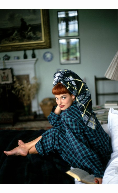 Linda Evangelista %22A shot of Scotch%22 Vogue, September 1991  Arthur Elgort