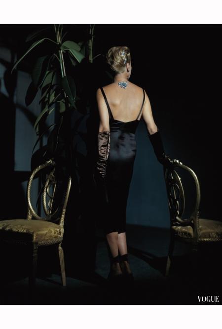 Mrs. John Rawlings – Vogue – Dec 1943