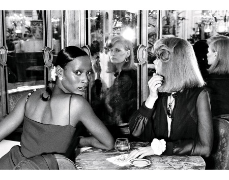 Naomi Sims Charly Stember in Vogue Jan 1973 © Kourken Pakchanian