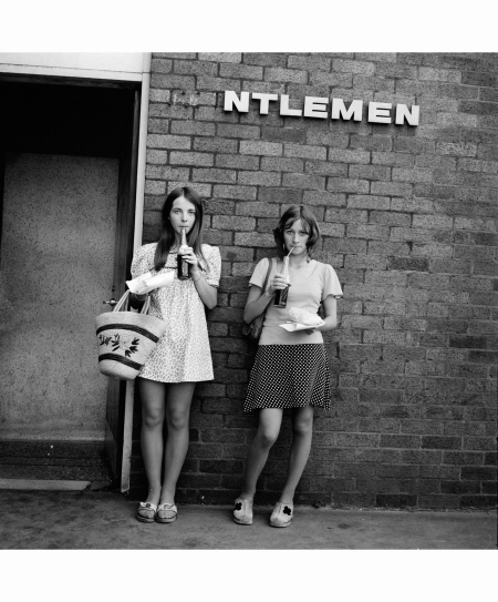 NTLEMEN, Cowley, Oxford, 1973 © Tom Wood b
