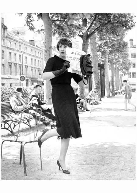 pose Paris fashions 1960's photo by Kenneth Heilbron