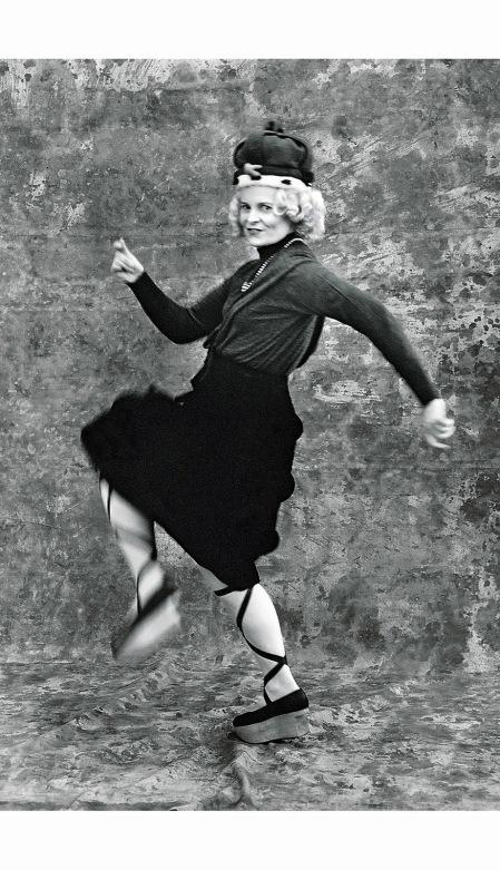 Vivienne Westwood Vogue August 1987 © Michael Roberts