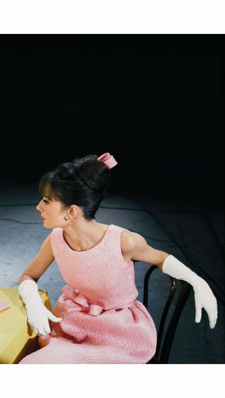%22Paris When It Sizzles%22 Audrey Hepburn 1963 Paramount © Bob Willoughby