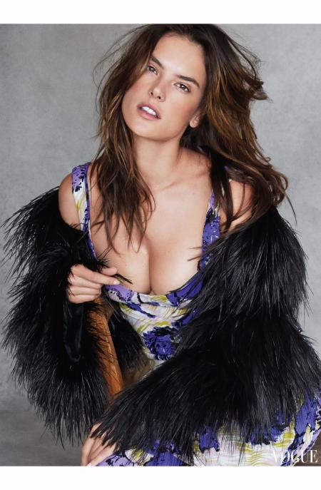 Alessandra Ambrosio Vogue 2014 Patrick Demarchelier