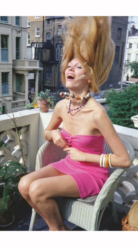 Amanda Lear on my Terrace London 1973 © Peter Schlesinger