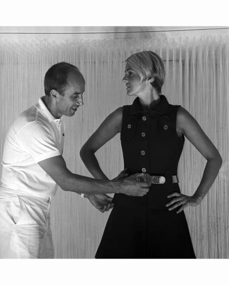 LA COLLECTION HIVER 1969-1970 D'ANDRE COURREGES