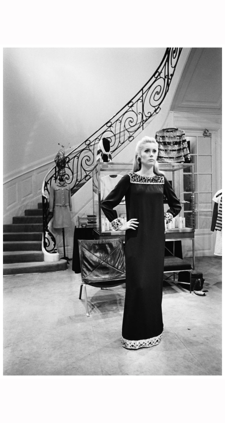 (stills 62711n) Catherine Deneuve ***Special fees apply ***